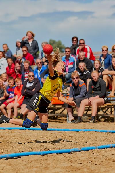 Molecaten NK Beach Handball 2016 dag 1 img 258.jpg