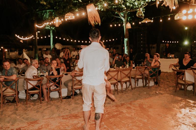 Thư & Chris boho beach wedding in Việt Nam