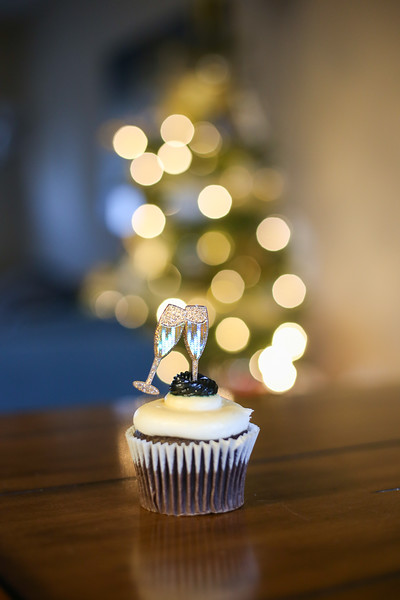 2019-12-31_NYE-Cupcake-4885.jpg