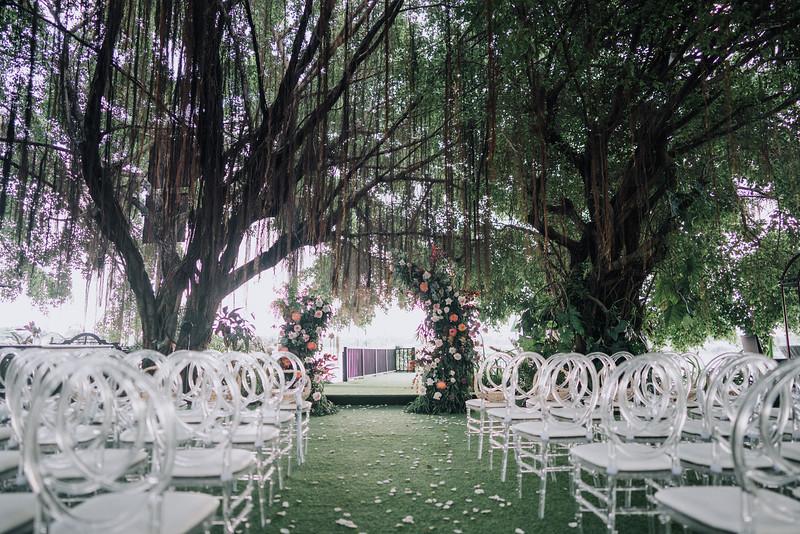 Thao Dien Village intimate wedding.ThaoQuan. Vietnam Wedding Photography_7R36557andrewnguyenwedding.jpg