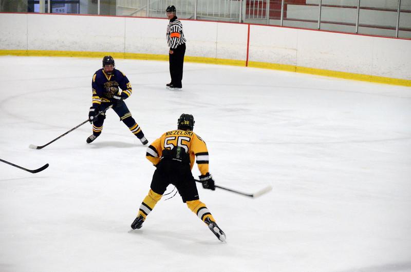 140907 Jr. Bruins vs. Valley Jr. Warriors-102.JPG