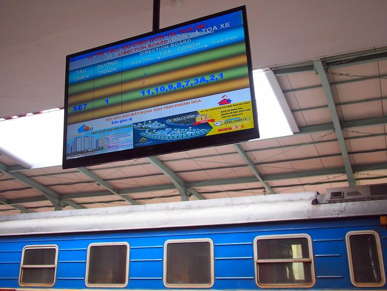 P1019696-train-information-nha-trang.JPG