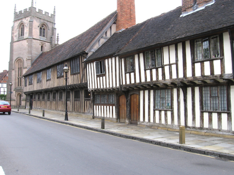 The grammar school believed to have been attended by Shakespeare and the Guildhall Chapel.