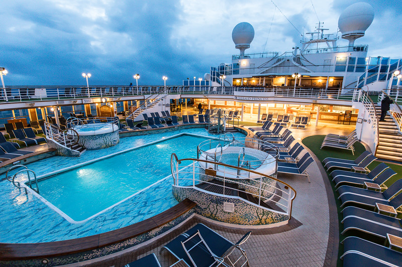 Ship at Dawn-0616.jpg