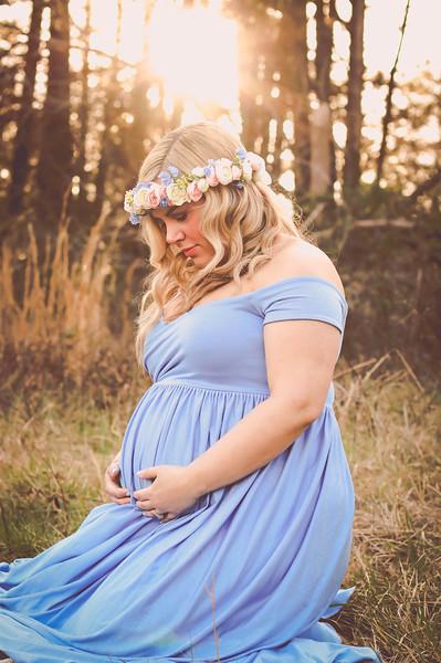Joe + Hallie Maternity