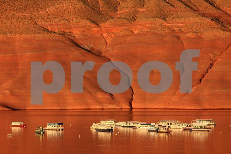"""Lake Powell"", Utah, ""Bullfrog Bay"", houseboats, 0667"