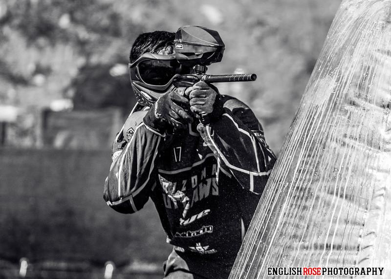 Outlaws34.jpg