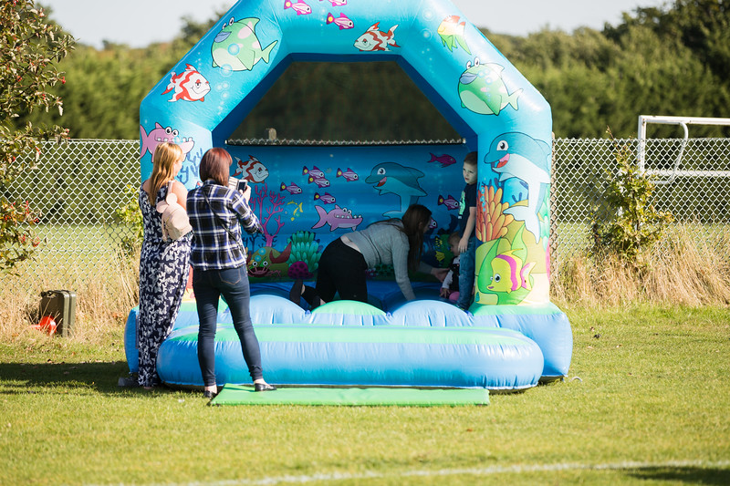 bensavellphotography_lloyds_clinical_homecare_family_fun_day_event_photography (180 of 405).jpg
