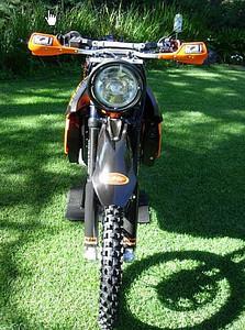 KTMsuperE06.jpg