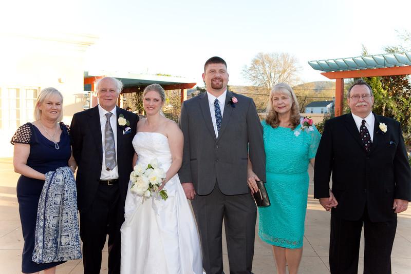 wedding_320.jpg
