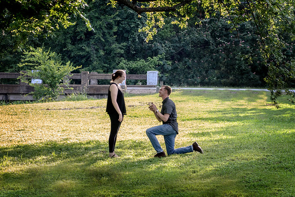 Andrew Reinhart and Kelsey Hohnstein Engagement Portraits