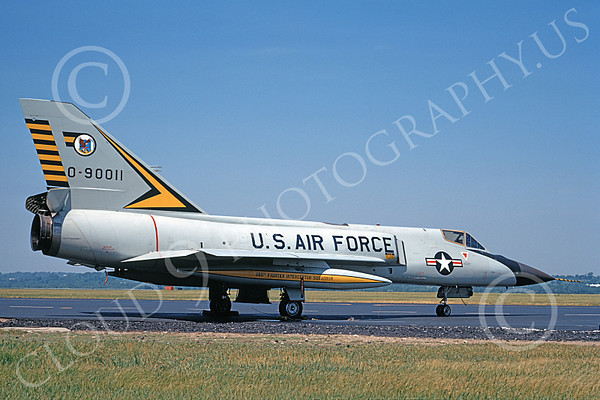 U.S. Air Force 460th Fighter-Interceptor Squadron BEWARE OF THE TIGER Military Airplane Pictures