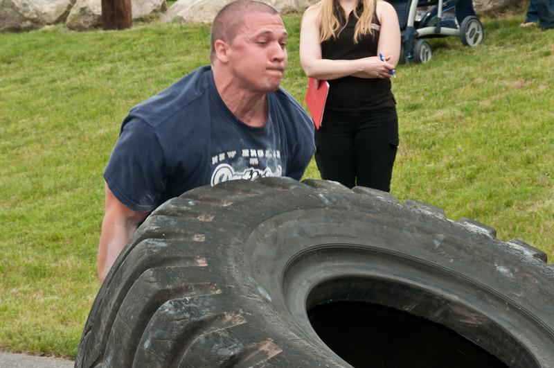Fitness Revolution Strongman Challenge 2011_ERF4336.jpg