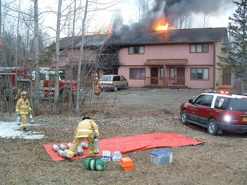 Day fire ambulance response 005.jpg