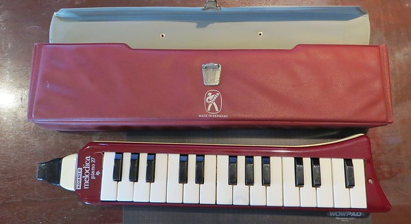Hohner HM-927 Alto (First series Piano 27) ca. 1962
