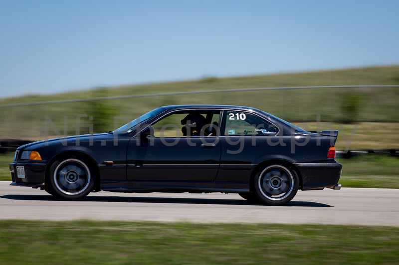Flat Out Group 2-318.jpg