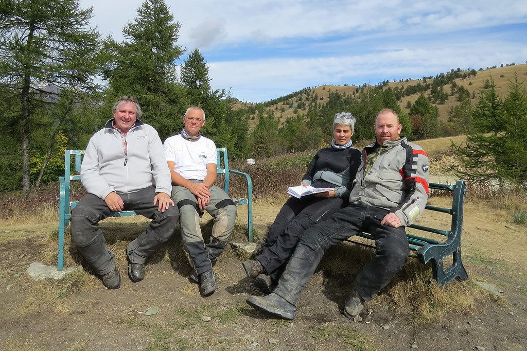 Colle Birrone. Pauze en mentaal voorbereiden op de pittige klim naar Rasticas