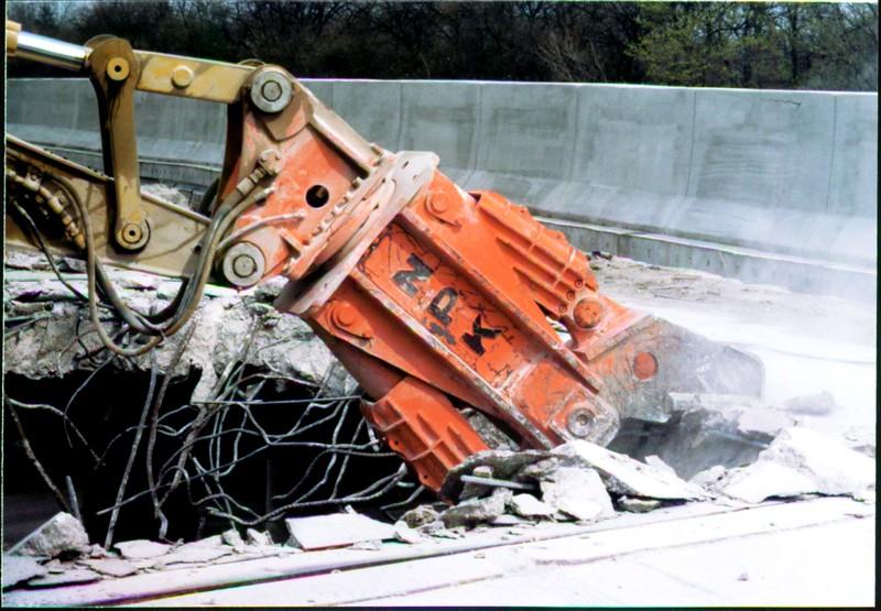 NPK M28G concrete pulverizer on Cat excavator-commercial demolition (Rt. 10) 04-08-98 (2).JPG