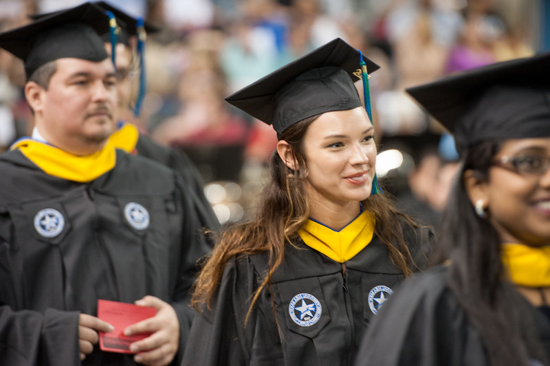 051416_SpringCommencement-CoLA-CoSE-0166.jpg