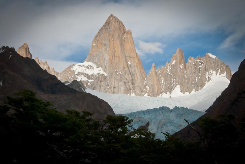 El Chalten 201112 Laguna de los Tres Hike (31).jpg