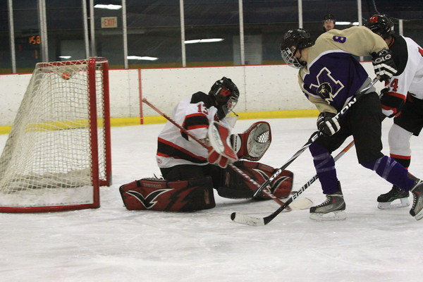 Falcons defeated Barrons of Woodbridge 11-3,Jan. 27th, 2011