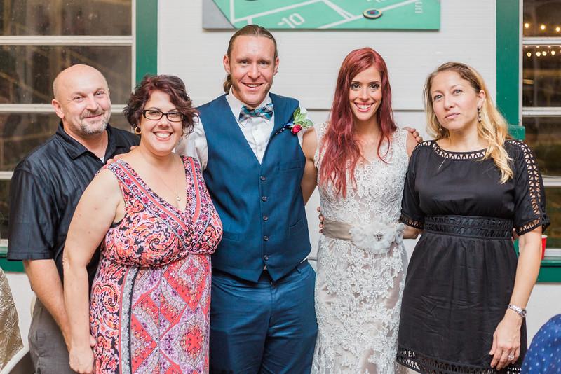 ELP1015 Tara &Phill St Pete Shuffleboard Club wedding reception 403.jpg