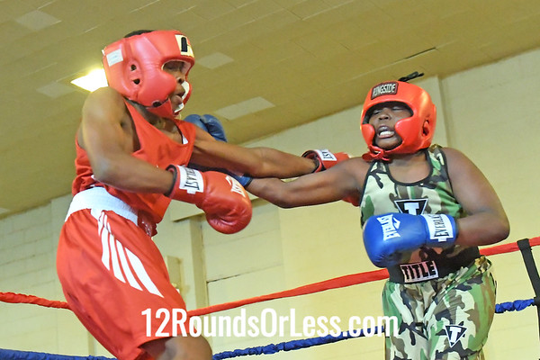 Bout 8 Jovon Riley, Red Gloves, Cleveland -vs- Daris Sitgraves, Blue Gloves, Cleveland
