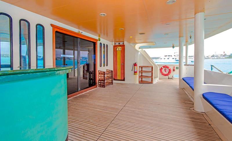 treasure_galapagos_stern_deck.jpeg