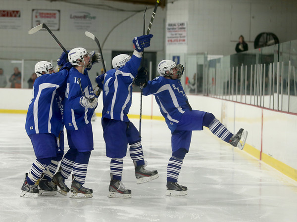 PHOTO SLIDESHOW Haverhill vs Methuen Hockey