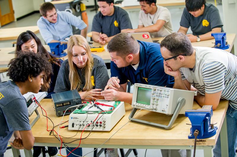 17339-Electrical Engineering-8219.jpg