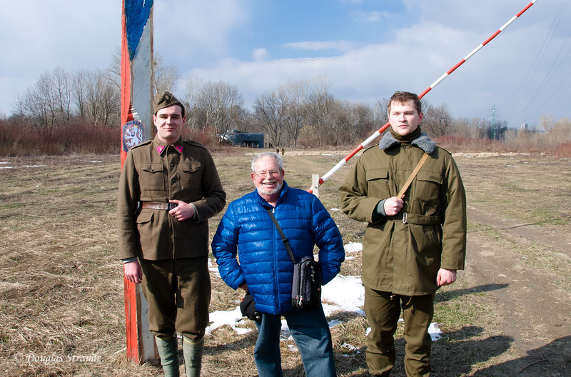 """Mark (middle) poses with two """"soldiers"""""""