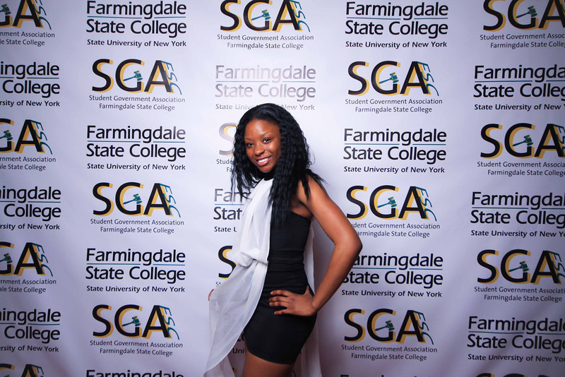 Farmingdale SGA-305.jpg