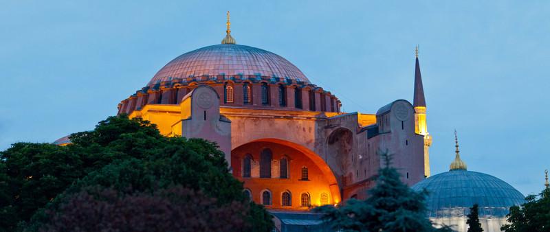 Istanbul-2045.jpg