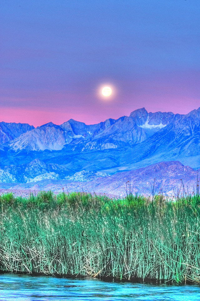 Owens River Moon set