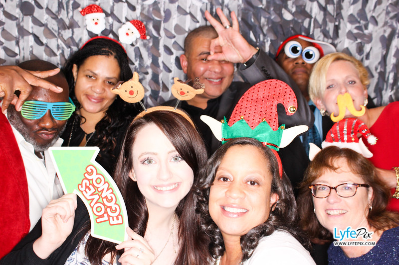 red-hawk-2017-holiday-party-beltsville-maryland-sheraton-photo-booth-0166.jpg
