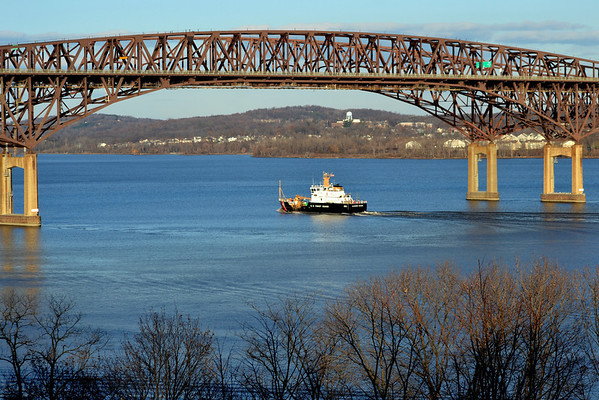 Katherine Walker  Newburgh - Beacon Bridge 11/26/12