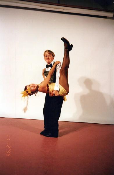 Dance_2337_a.jpg