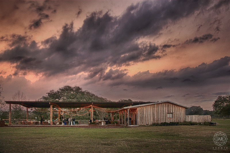 15-orlando-best-venue-sunset-wedding-isola-farms-jarstudio.jpg
