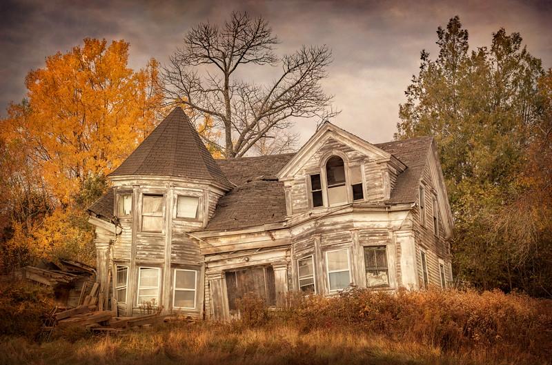 Tye Falling Down House, Maine