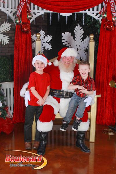 Santa 12-10-16-133.jpg