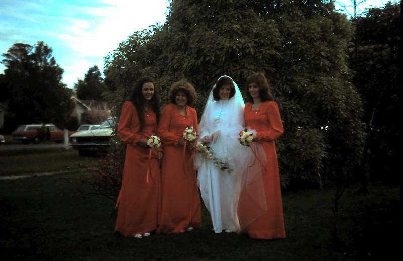 1975-6 (10) Walker-Glenn wedding @ Church cnr Sladen St & Russell St.JPG