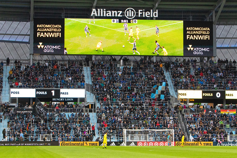 Wonderwall, Allianz Field