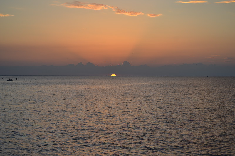 011-lake-pontchartrain-sunset_14094406457_o.jpg
