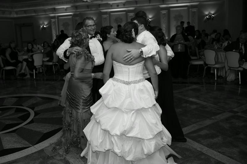 Wedding of Mike and Nicole-1819.jpg