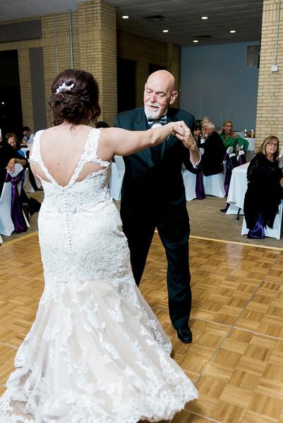 chateau-on-the-river-trenton-michigan-wedding-0401.jpg
