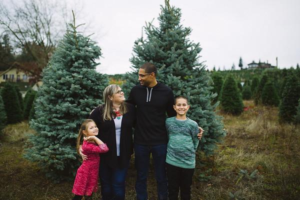 Garner Family | Sleighbells of Sherwood