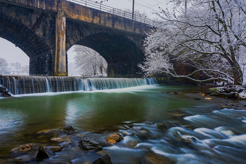 Snow 2016 - Mill Creek Dam during snowfall(p).jpg
