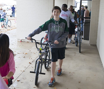 Mission Arlington Bike Drive