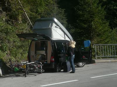 18.08.14, Mo, Tag3: Lesachtal (A) - via Wurzenpass  nach SLO - Ljubliana (SLO) - Zagreb (HR) - Raststätte 60km südl. Zagreb
