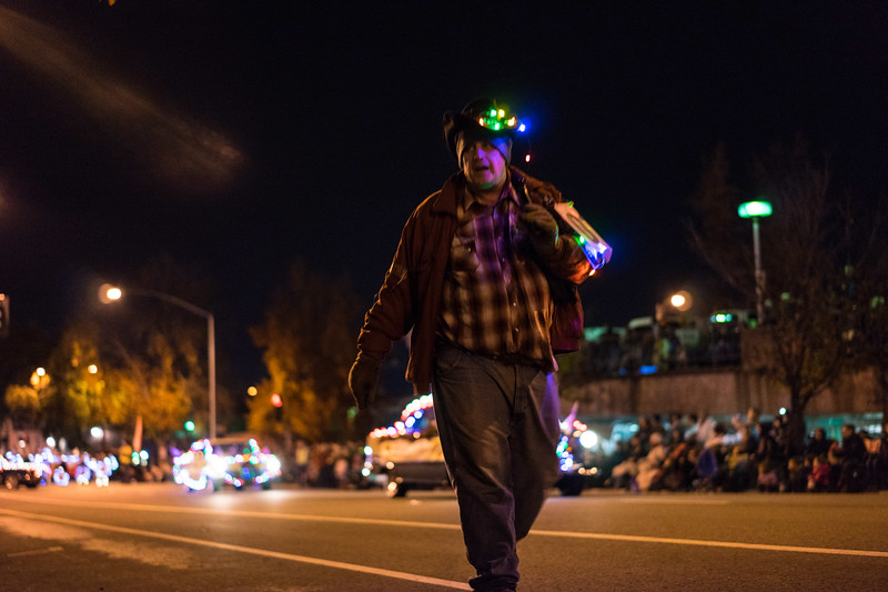 Light_Parade_2015-07875.jpg